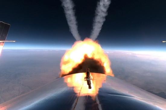 科普过程几分钟且票价不菲的商业太空游是何体验
